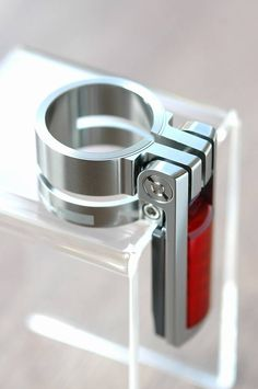 Colorplus BSC02L double- lock clamp for birdy. Silver color
