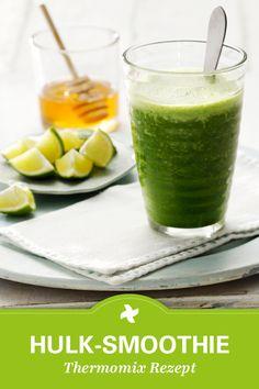 Frische grüne Smoothies selber machen sorgt für gute Laune! Thermomix ® Rezept mit Grünkohl, Spinat und Gurke.
