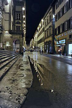 Firenze in Via Tornabuoni #TuscanyAgriturismoGiratola