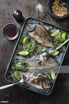 Stock Photo : Crispy sea breams with herbs and lime Food Plating, Lime, Herbs, Stock Photos, Sea, Ethnic Recipes, Herb, Ocean, Food Presentation