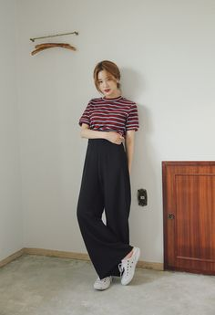Really like korean fashion outfits Korean Fashion Casual, Korean Fashion Trends, Korean Street Fashion, Ulzzang Fashion, Korea Fashion, Korean Outfits, Asian Fashion, Look Fashion, Fashion Outfits