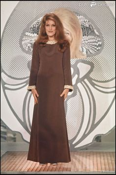 Dalida en 1967 dans l'émission Tilt Magazine..