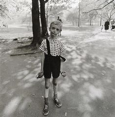 Diane Arbus Child with a toy hand grenade in Central Park, N. 1962 © The Estate of Diane Arbus Famous Portrait Photographers, Famous Portraits, Street Photographers, Classic Photographers, Contemporary Photographers, Female Photographers, Diane Arbus, Annie Leibovitz, Richard Avedon