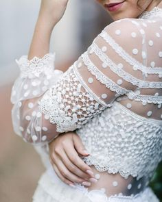beautiful wedding dress detail
