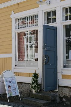 Welcome! You can find us at Pappilankatu 18, Old Rauma, Finland.