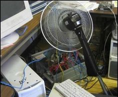 Fan Power All those wires are supposed to be like that, too