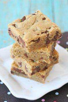 Peanut Butter Cookies Bars Recipe via Glorious Treats