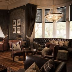 Hotel du Vin at One Devonshire Gardens Situated on a beautiful tree-lined Victorian terrace in the fashionable West End of Glasgow, Hotel du Vin at One Devonshire Gardens is an iconic luxury boutique hotel with an enviable reputation for service and style. Curious were invited to undertake the interior refurbishment of the Bar, Whisky Room, Brasserie and Reception Lounge adhering to Hotel du Vin's brand style whilst remaining sensitive to the traditional style of the building.