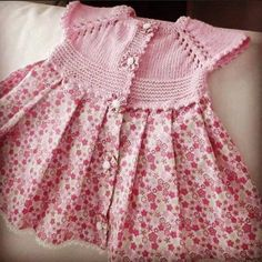 Discover thousands of images about Hand knitted dress for baby girl Knitting For Kids, Baby Knitting Patterns, Crochet Patterns, Little Girl Dresses, Girls Dresses, Crochet Fabric, Baby Sweaters, Kind Mode, Crochet Clothes