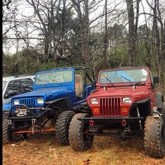 @dmehany has a love hate relationship with these two #jeeps  #jeepbeef #Padgram