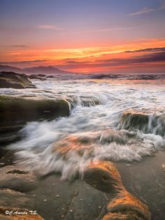 The wave by C.Amada T.S. on 500px