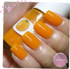 The Nail Junkie   #nails #orangepolish #orangenails - bellashoot.com