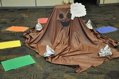 Molasses Monster Chocolate Swamp - Lifesize Candy Land The spaces are taped to the ground. are the laminated too? Candy Land Christmas, Christmas Party Games, Christmas Themes, Xmas, Slumber Party Games, Carnival Birthday Parties, Candy Land Theme, Candy Land Decorations, Stall Decorations