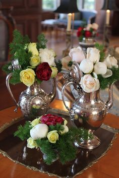 Beautiful roses in vintage silver tea set.(put the flowers in little tube vases so that the silver stays dry). Shabi Chic, Raindrops And Roses, Silver Tea Set, Centerpieces, Table Decorations, Christmas Tea, Tea Service, Beautiful Roses, Floral Arrangements