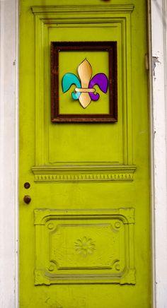 ₪portas - New Orleans, Louisiana· Cool Doors, Unique Doors, Entrance Doors, Doorway, New Orleans Louisiana, Louisiana Art, Portal, All Things New, Crescent City