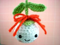 Mistletoe Ornament and other free Crochet Christmas Ornament Patterns at mooglyblog.com!
