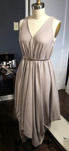Easy dress to sew yet elegant