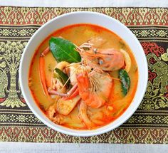 Tom Yum is the world-famous signature Thai dish. Our local expert, Tong, will take you to taste different type of the authentic Thai Tom Yum in Bangkok. FYI, this is a free local day trip.  For more information about this trip click https://www.takemetour.com/trip/tomyum-only  #tomyum #foodtour #daytrip #local #localfood #daytour #takemetour #freetrip #localexpert #experienceseeker