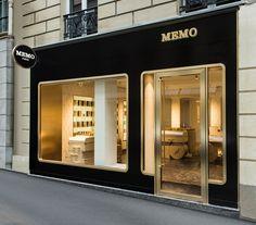 sehr schöne shopfront. http://www.india-mahdavi.coms/1023/projects/boutiques/memo.html