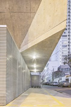 Gallery of Workshop House / PAX.ARQ - 11