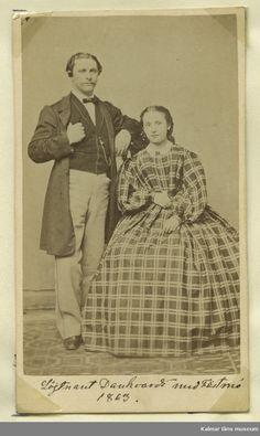 """""""Löjtnant August Fredrik Danckwardt med fästmö Helena Erika Holmström"""", Swedish, 1863. Kalmar läns museums fotoarkiv, nr. KLMF.Okänd01439"""