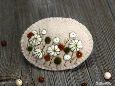 Needle felted brooch - Field of flowers - Gift - Fiber art - Wool - Pin
