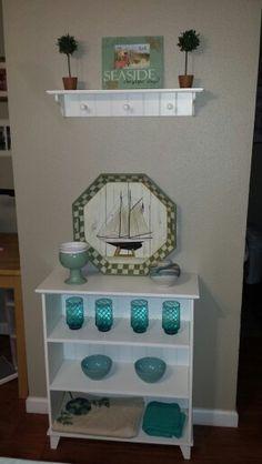 Coastal shelf turquoise decoration