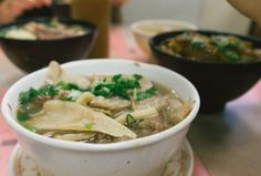 Kau Kee Restaurant 九記牛腩 Review: Hong Kong's Best Beef Brisket Noodle Soup 牛腩麵 | That Food Cray !!!