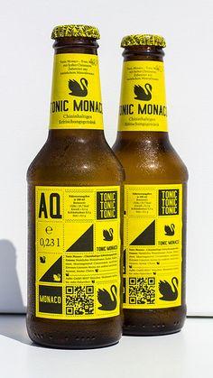"""Vom Hersteller Aqua Monaco kommt dieses Tonic, das wir zusammen mit dem Feel-Ginvia Tastybox erstanden haben.  Geschichte Ursprünglich vertrieb Aqua Monaco (nur) Mineralwasser """"aus der Münchner Schotterebene"""" - ein gut gefiltertes Schmelzwasser aus der letzten Eiszeit, das auch vielen Münchner Brauereien als Basis für ihr Bier dient. Mittlerweile gibt es auch Tonic, Soda, Ginger Ale und B ..."""