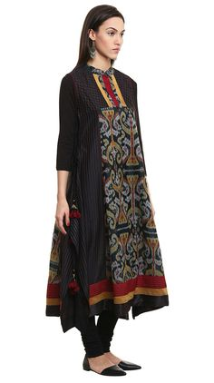 Dress Designer Indian Kurti Ideas For 2019 Batik Fashion, Ethnic Fashion, Hijab Fashion, Indian Fashion, Fashion Dresses, Batik Blazer, Blouse Batik, Batik Dress, Jakarta Fashion Week