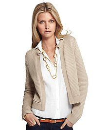 Brooks Brothers always looks so chic! Perfect for a visit to Hampden-Sydney College!