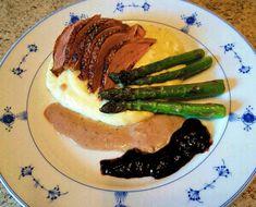 matfrabunnenfb.blogg.no – Egg og baconsalat (påleggssalat) Chop Suey, Ciabatta, Cheap Meals, Coleslaw, Steak, Eggs, Student, Food, Coleslaw Salad