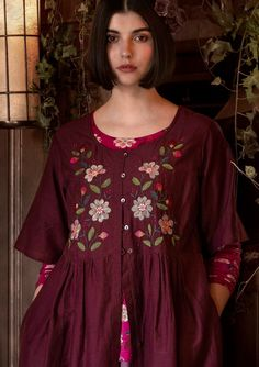 Gudrun, Swedish Fashion, Clothes Crafts, Boho Gypsy, Timeless Fashion, Lana, Tunics, Blouses, Cool Designs
