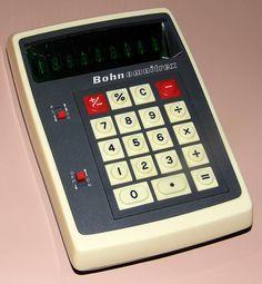 Vintage Bohn Omnitrex Electronic Pocket Calculator, Made In Taiwan, VFD, Circa 1973.
