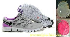 Femmes Nike Free Run 2 running shoes Discount Running Shoes, Discount Nike Shoes, Free Running Shoes, Nike Free Shoes, Running Sneakers, Purple Shoes, Grey Shoes, Blue Sneakers, Sneakers Nike
