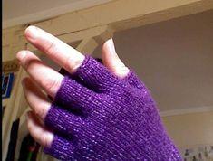 fingerless gloves with pattern - KNITTING