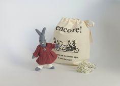 Odette Pinsons une petite lapine 100% coton bio
