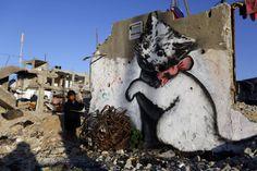 ¤ Banksy in Gaza