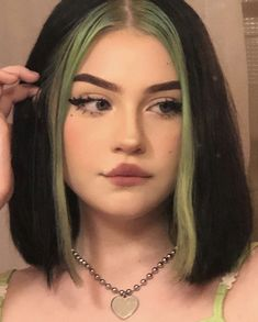 inspo inspo nora h Haare makeup eyeshadow products tutorial aesthetic tips looks ideas glam prom for teens teenage beginners easy nbsp hellip Products blush Vellus Hair, Dye My Hair, New Hair, Half Dyed Hair, Aesthetic Hair, Aesthetic Makeup, Frontal Hairstyles, Cool Hairstyles, Grunge Hairstyles