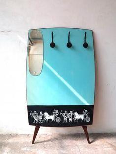 Garderobe von SIMA, 1950