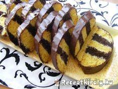 Méteres kalács II Hungarian Desserts, Hungarian Cake, Hungarian Recipes, Hungarian Food, Sweet Cookies, Cake Cookies, Cake Decorating Videos, Just Eat It, Hot Dog Buns