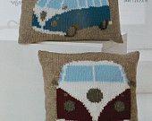 Kussen breien patroon K4324 VW Camper kussens breien patroon in Chunky (omvangrijke) King Cole