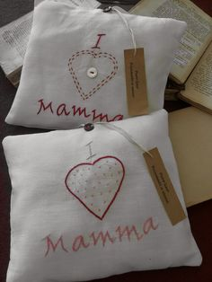 Small pillow in pure linen embroidered by hand by Ellegi...great ...