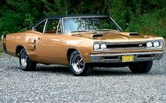 1969 Dodge Super Bee. Maintenance/restoration of old/vintage vehicles: the…