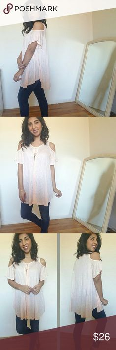 new| LIGHT PEACH COLD SHOULDER TUNIC TOP This top features cold shoulders. Ties at neckline with keyhole front. Lace/crochet detail running down the middle. Curved sides. Long enough to be worn with leggings or denim. Super cute! Fits TTS.   Sizes available: S M l Modeling size Medium   PRICE FIRM Tops