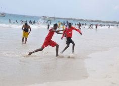 footynions:  Beach soccer in Mogadishu, Somalia.
