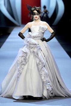 Christian Dior Fashion Show Spring/Auntumn Collection