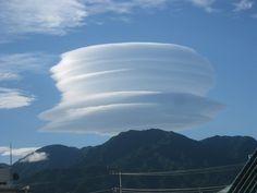 lenticular clouds レンズ雲