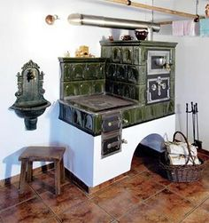 . Traditional Interior, Traditional Design, Farmhouse Interior, Kitchen Interior, Antique Stove, Vintage Appliances, Stove Fireplace, Rustic Decor, Sweet Home