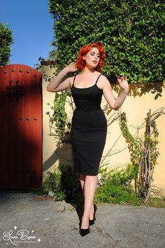 Jayne 1960s Sheath Wiggle dress in Black. Pinup Girl Clothing.